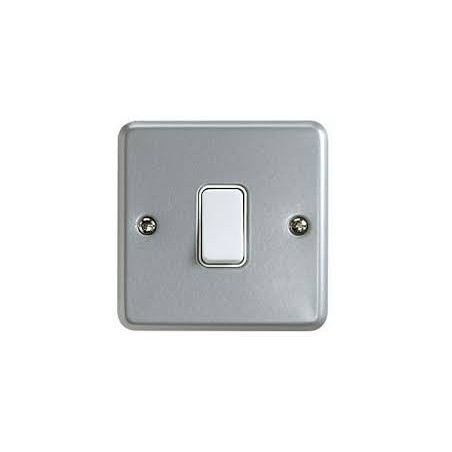 MK K3591ALM  1 Gang 2 Way 10A Metalclad Switch